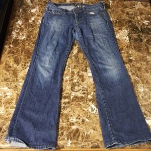 Lucky Brand Womens Denim Jean's. SHARP!